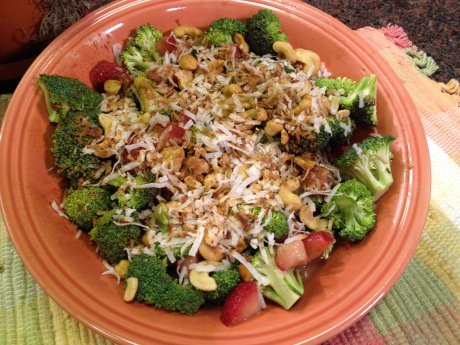 Strawberry-broccoli salad